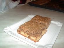 Nuss-Becher-Kuchen - Rezept