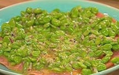 Lachs-Carpaccio mit dicken Bohnen - Rezept
