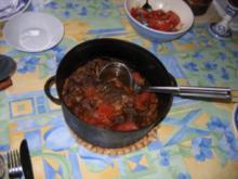 Italienisches Deftiges Rindsgulasch - Rezept