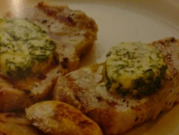 Kräuterbutter mit Zwiebeln und scharfem Senf - Rezept