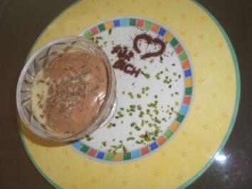 Toblerone-Mousse mit einem Hauch Weinbrand - Rezept