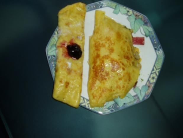 Eierpfannkuchen und Omlette---2Gericht mit einem Teig - Rezept