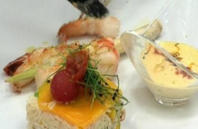 Gebratene Gambas mit Tomaten-Mais Risi Bisi (Claudia Effenberg) - Rezept