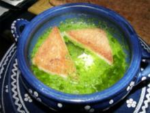 Knoblauchsuppe (mit pochierten Eiern) - Rezept