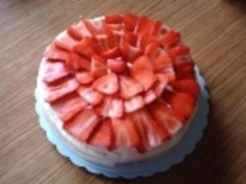 Vanille-Erdbeer Torte - Rezept