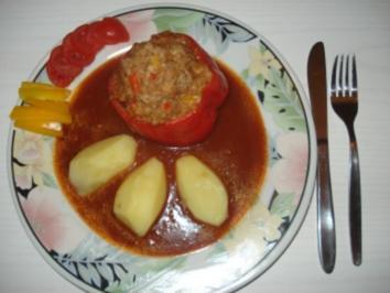 Gefüllte Paprikaschoten a la  Oma Moni - Rezept