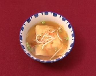 Giew Nam mit Garnelen-Huhn-Maultaschen (Heike Kloss) - Rezept