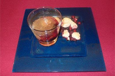 Champagnersüppchen mit Waldfrüchten - Rezept