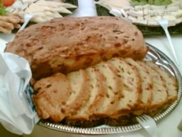Emmentaler Kuchen mit Speck - Rezept