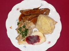 Rehkeule aus dem Thüringer Wald mit Böhmischen Knödeln - Rezept