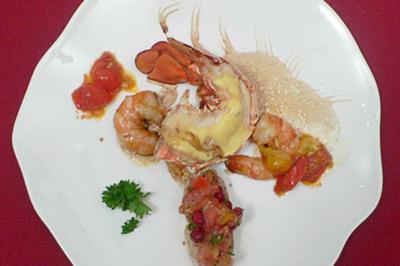 Heißkalt Umschlungener Hummer Mit Granatapfel Salsa Rezept
