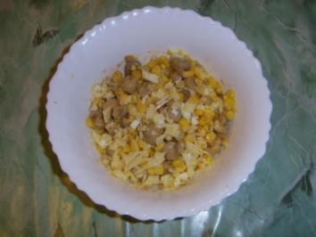 Champignons - Maissalat mit Ei und Käse - Rezept