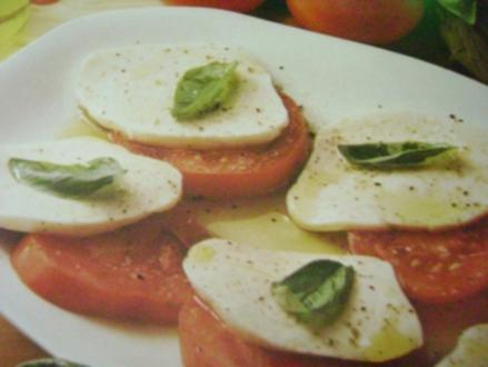 Mozzarella mit Tomaten - Rezept