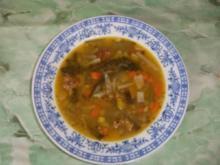 Gemüsesuppe mit Fleischkügeli - Rezept