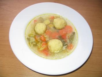 Grießklößchensuppe - Rezept