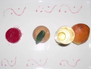 Entenleberparfait mit Brioche, Granatapfelgelee und einem Glas Lillet - Rezept
