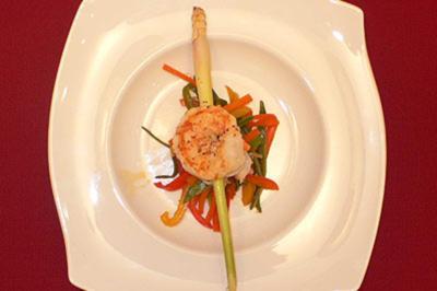 King Prawns auf Wok-Gemüse-Juliennes - Rezept