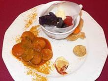 Tranchen von sautierter Currywurst an Ingwer und geröstetem Erdapfel - Rezept