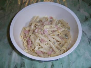 Italienischer Nudelsalat gerne auch mit Kartoffeln - Rezept