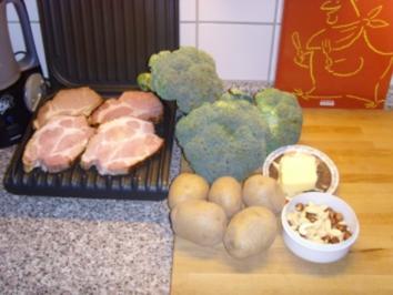Rezept: Gegrilltes Kasslerkamm mit Butter Broccoli...