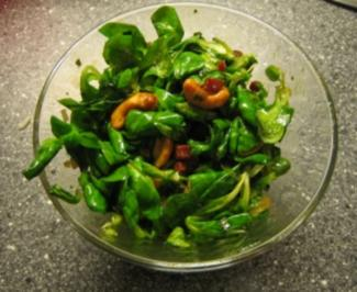 Rezept: Lauwarmer Feldsalat mit Ca