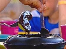 Turron-Nutella-Fondue mit Obst - Rezept