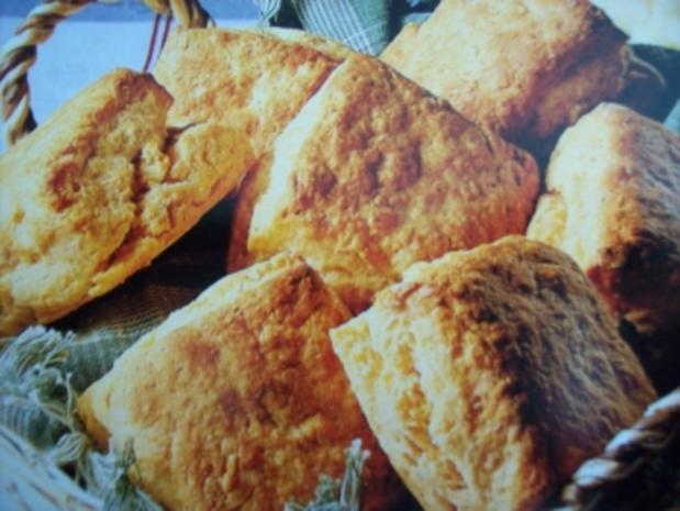Kartoffelbrötchen mit Speck ( ergibt 10 Stück ) - Rezept