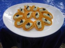 Kaviarcreme auf Kartoffelchips - Rezept