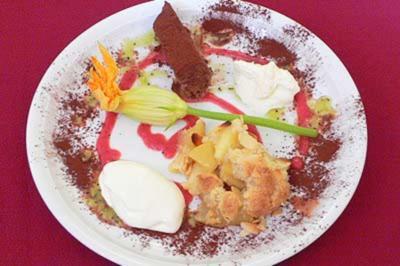 Aufgepimpte Zimptäpfel, Zitronenfraîche und Schokoladenparfait - Rezept - Bild Nr. 9