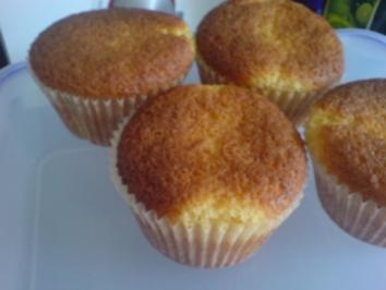 "Rezept: Muffins ""Eierlikör"""