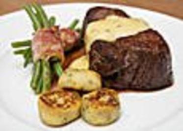 Chateaubriand mit Speckbohnen, Macaire - Kartoffeln und Sauce Béarnaise - Rezept