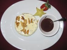 Mascarpone-Parfait mit karamellisierten Mandeln an Schokosoße - Rezept
