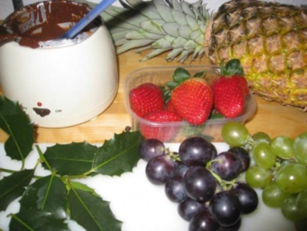 Fruchtspieße im Schokoladenmantel - Rezept