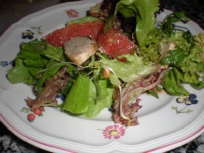 Asiatischer Hähnchensalat mit Pink Grapefruit - Rezept