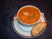 Fischsuppe nach toscanischer Art mit geröstetem Brot - Rezept