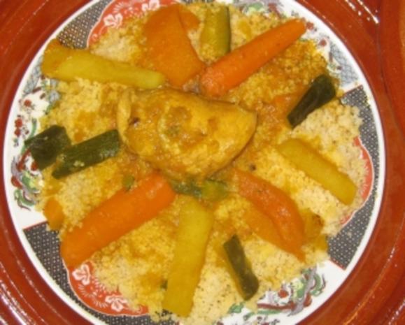 Pochiertes Huhn auf buntem Gemüse-Couscous - Rezept