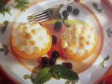 Pfirsichhälften mit Baiserhaube - Rezept