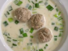 Käse-Lauchcremesuppe mit Fleischbällchen - Rezept
