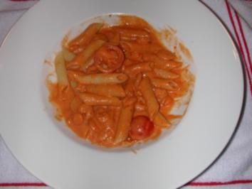 Thainudeln mit Tomaten, Garnelen und Krebsfleisch - Rezept