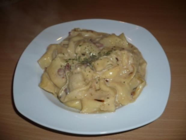 Tortellini in Speck-Käsesauce - Rezept