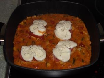 Hähnchenbrustfilet mit Tomate und Mozzarella - Rezept