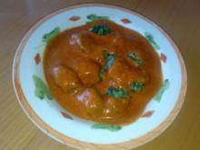Spinat-Gnocchi mit Tomatensoße - Rezept