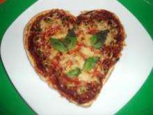 Pikantes Pizza-Herz - Rezept