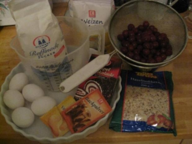 Kirsch - Nußkuchen  gut und scnelle Zubereitung - Rezept
