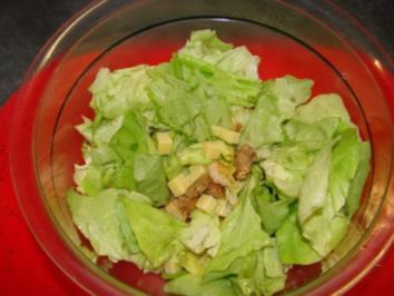 alter käse auf kopfsalat - Rezept