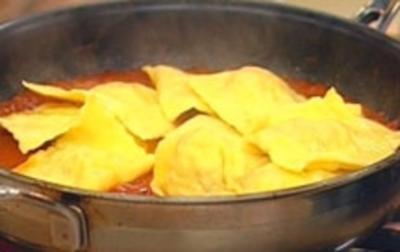 Ravioli selbst gemacht mit Hähnchenfüllung - Rezept