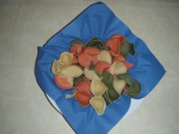 Salat: Gefüllte- Muschelnudeln-Salat - Rezept