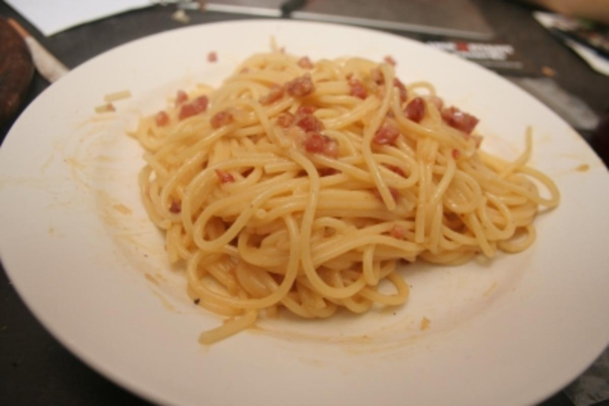 spaghetti carbonara originalrezept rezept. Black Bedroom Furniture Sets. Home Design Ideas