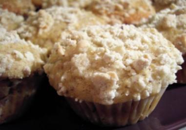 Muffins: Weiße Schoki und Apfel-Nuss mit Streuseln - Rezept