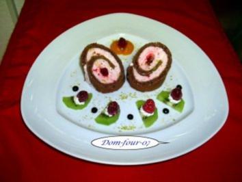 Himbeersahne in Schokoladenroulade - Rezept